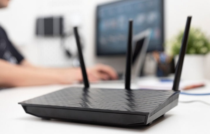 Does unplugging your router change your IP address?